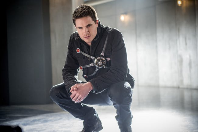 Ronnie Raymond The Flash Robbie Amell