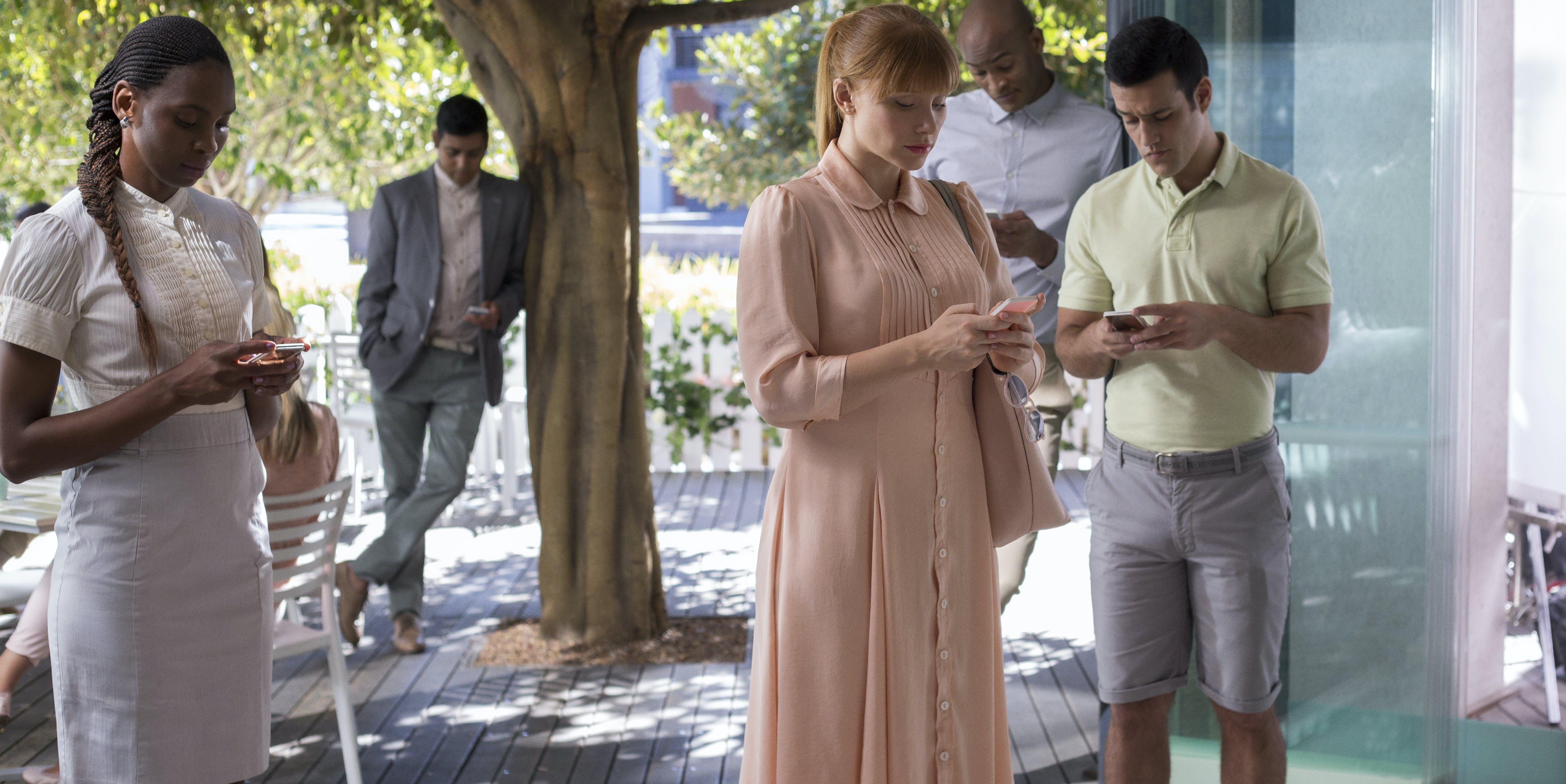 "Bryce Dallas Howard in the ""Netflix"" episode of 'Black Mirror'"