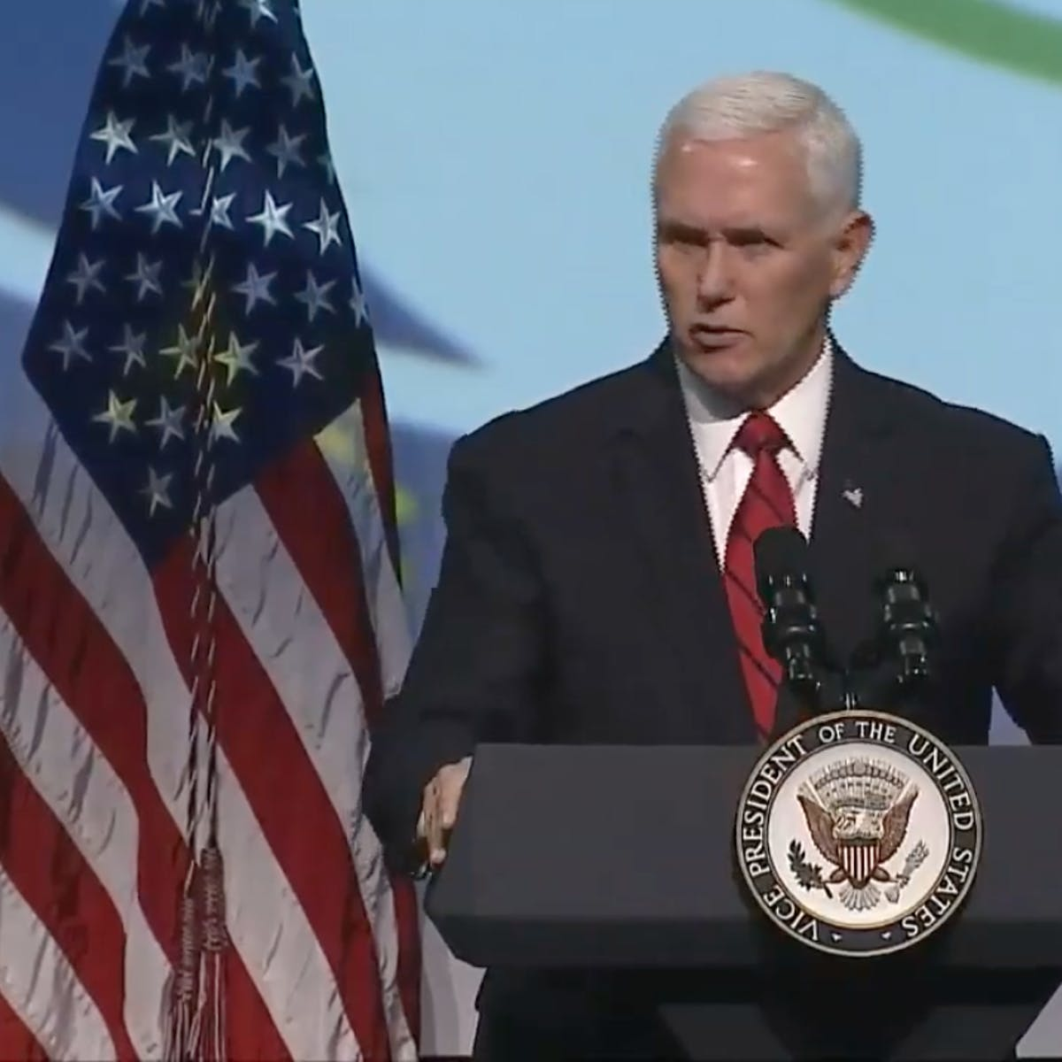 """At IAC, Pence sets heavy political tone and touts """"space force"""" again"""