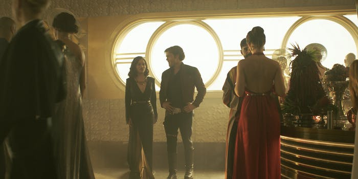 Han and Chewie meet a LOT of unique characters in 'Solo: A Star Wars Story'.