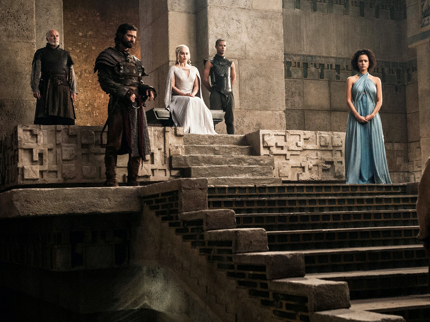 The Queens Will Get Their New Thrones in 'GoT' S7