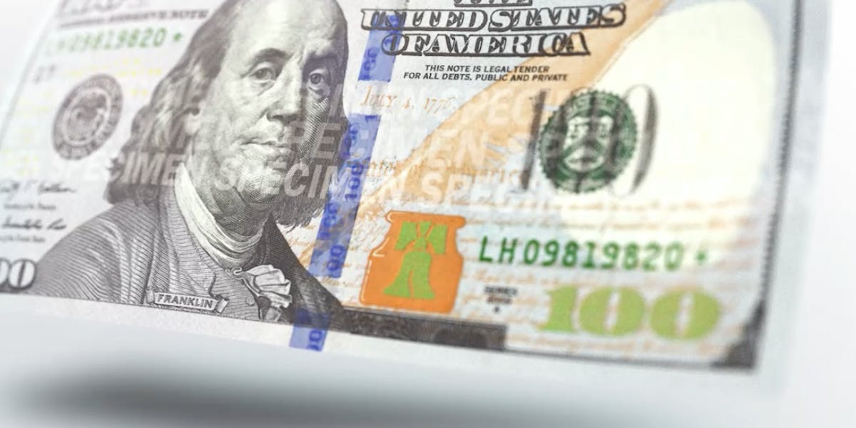Security features on the 2013 issued $100 note.