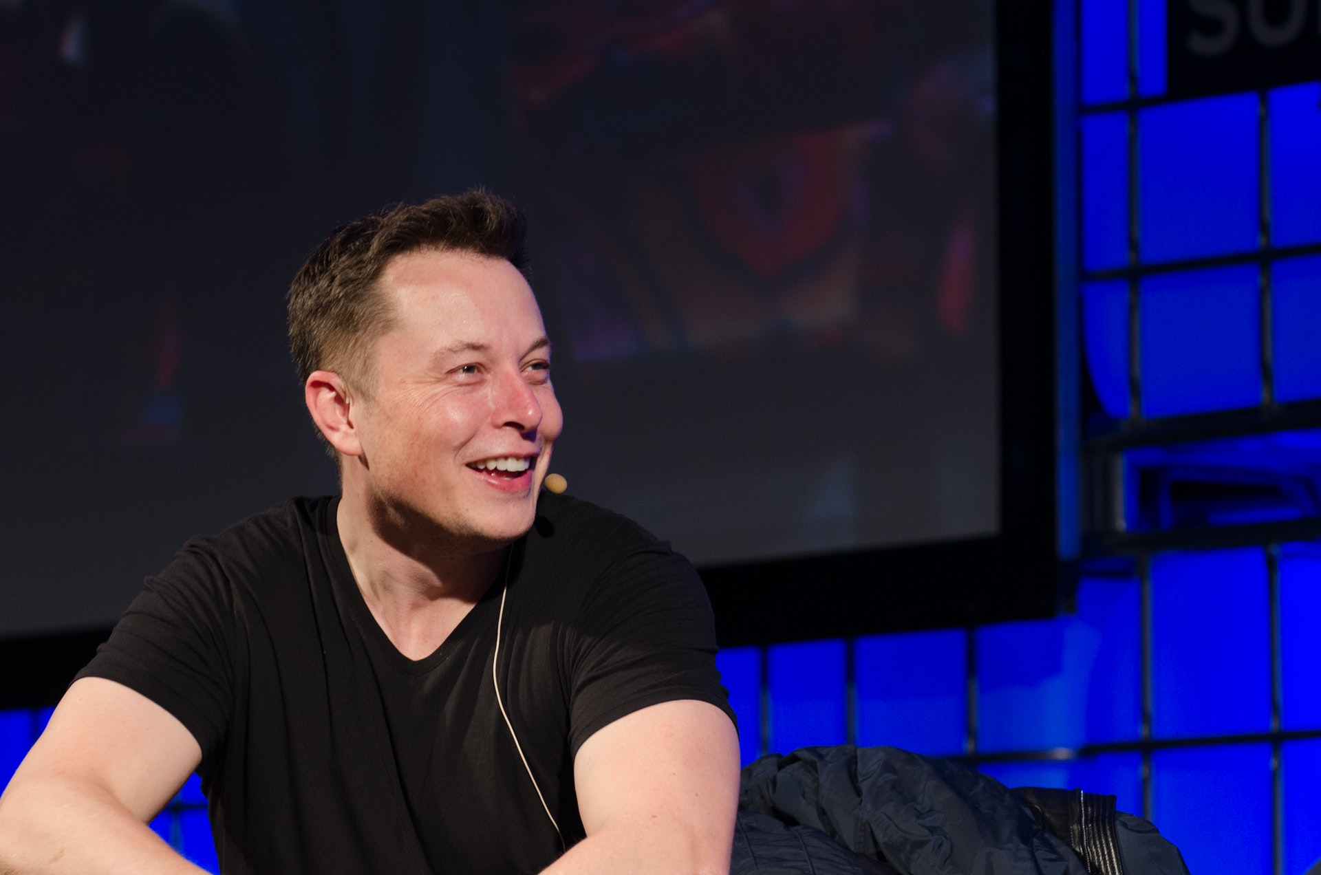 Elon Musk Reveals the One Question He Would Ask a Human-Level A.I.