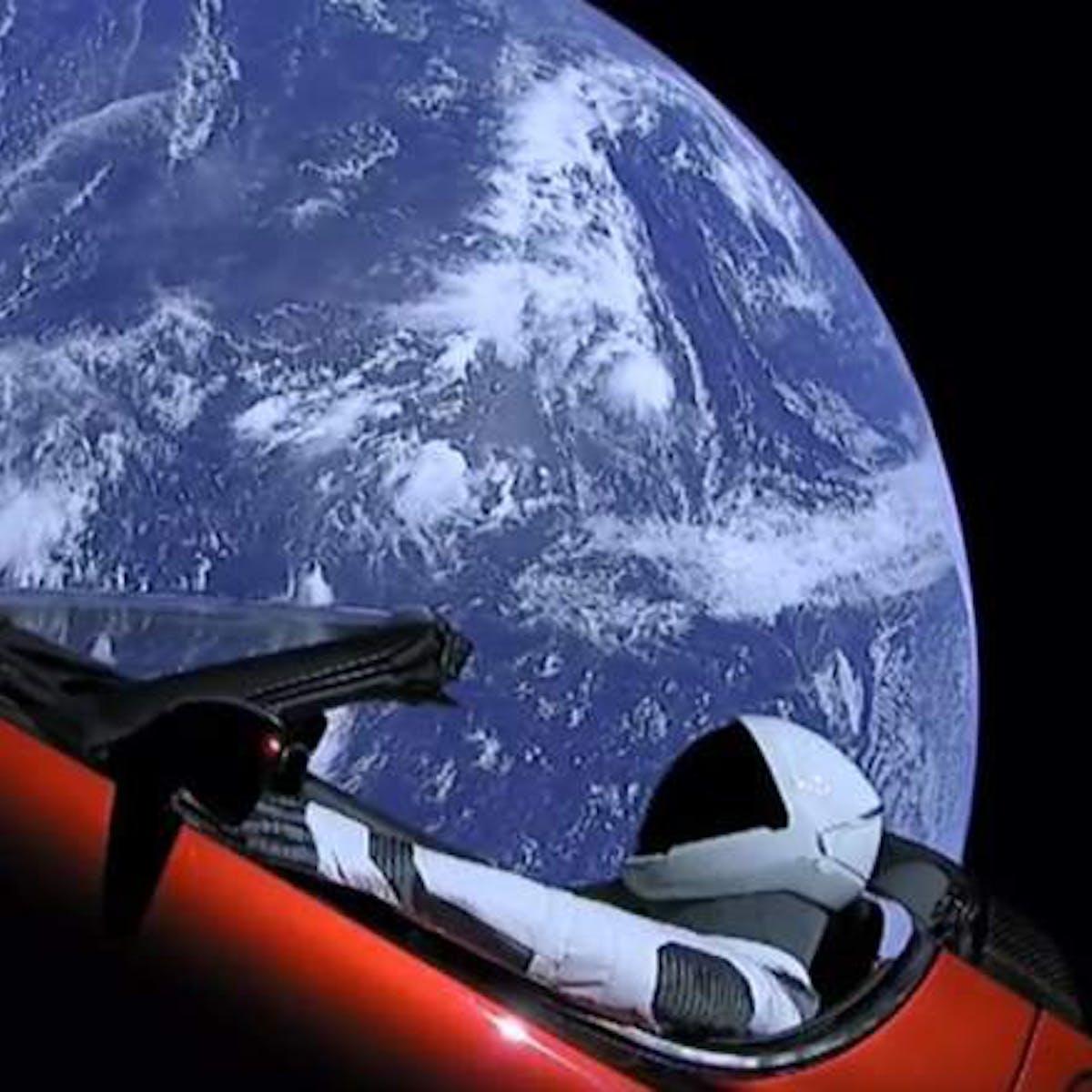 Neuralink: Will Martians Control Teslas With Their Mind? Elon Musk Responds