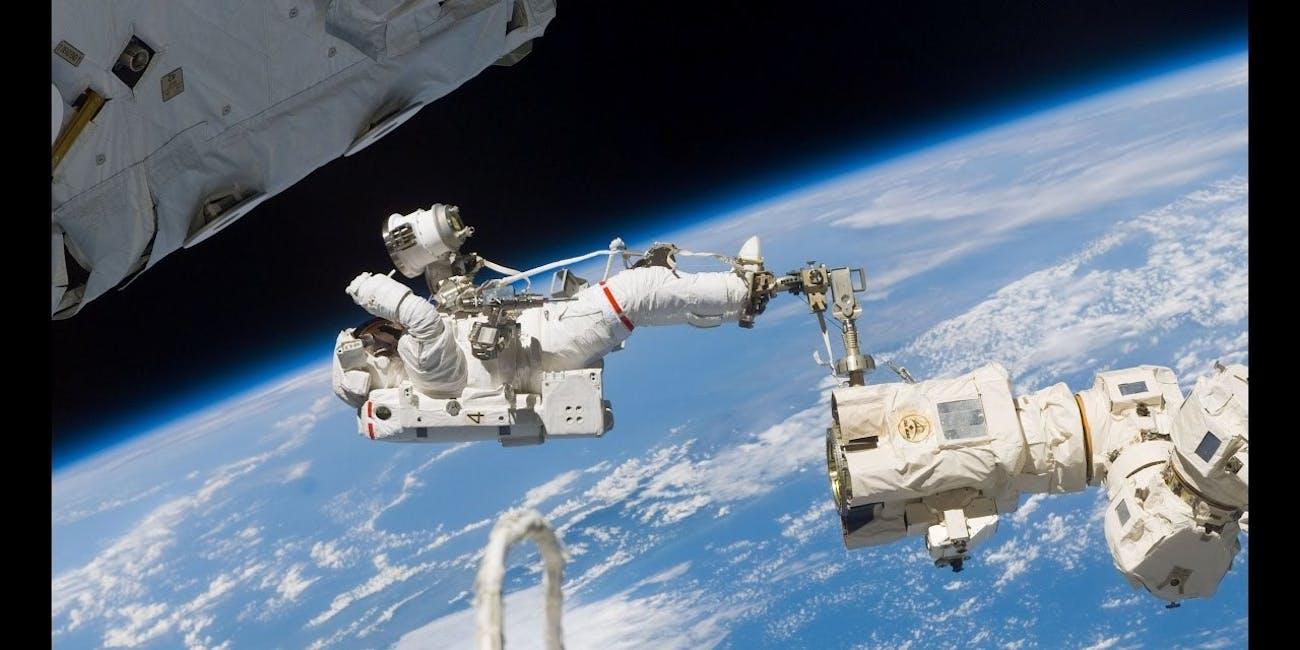 Watch 2 NASA Astronauts Take a Spacewalk Outside the ISS ...