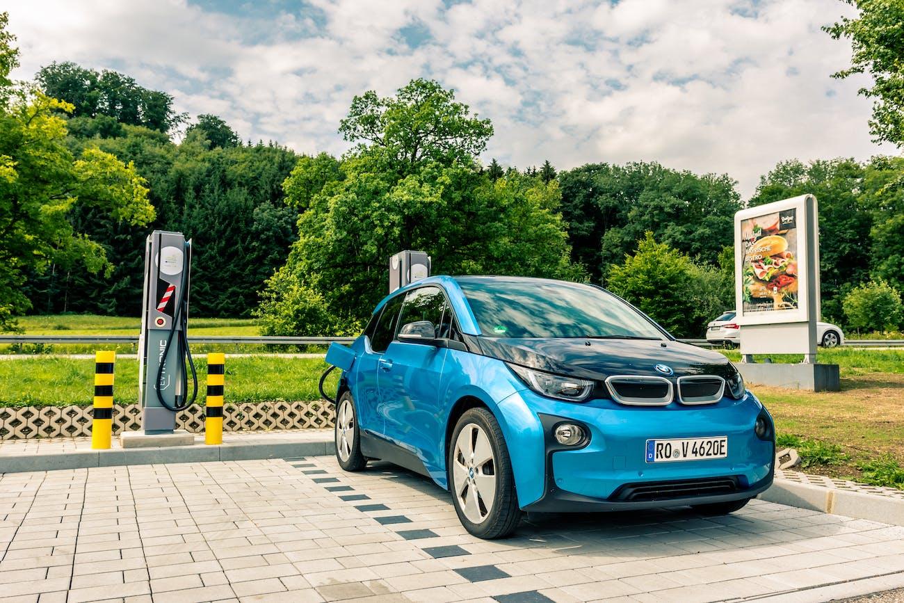 175 kW Ultra-E Projekt | BMW i3