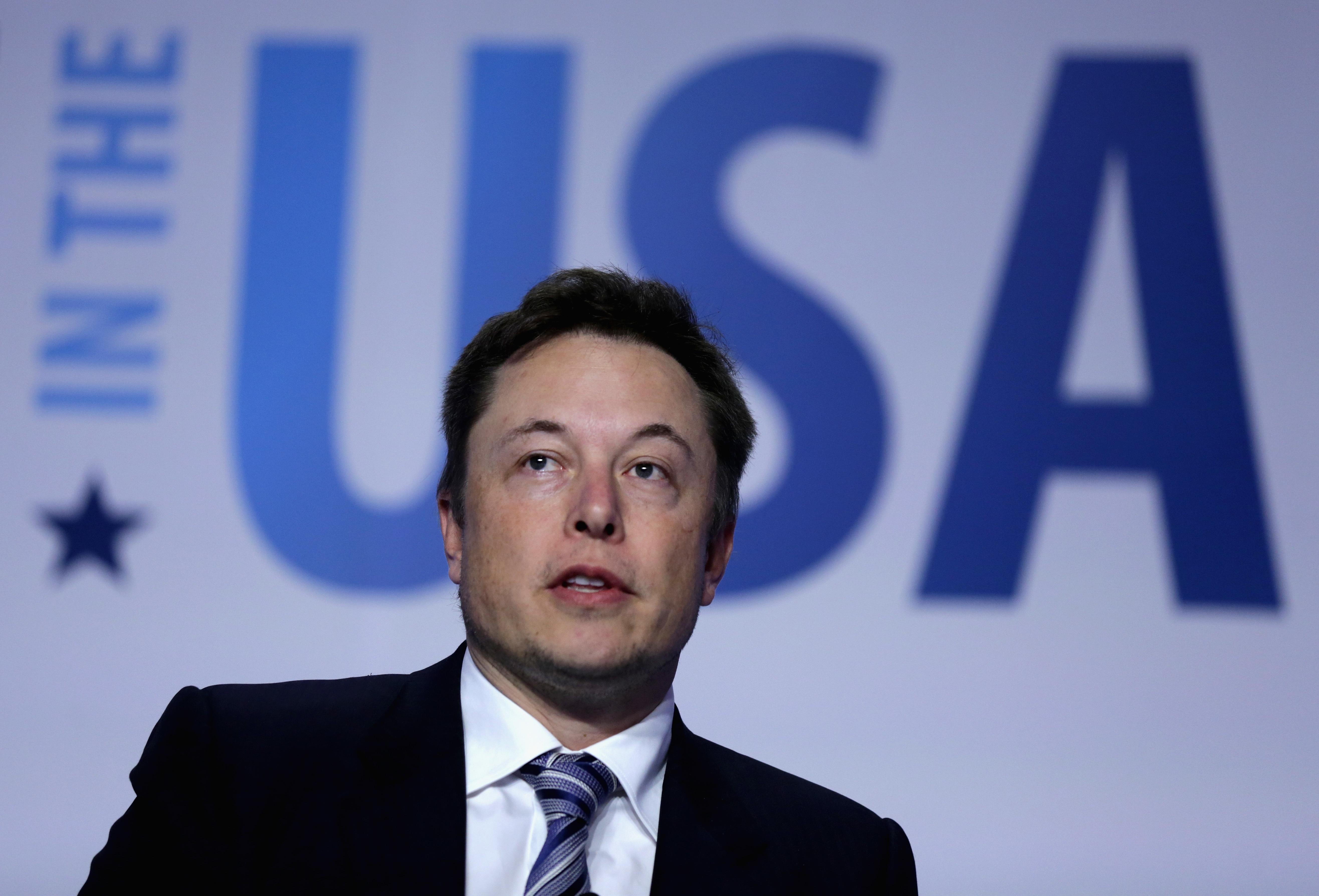 Elon Musk Denies SpaceX's Donald Trump Campaign Donation | Inverse
