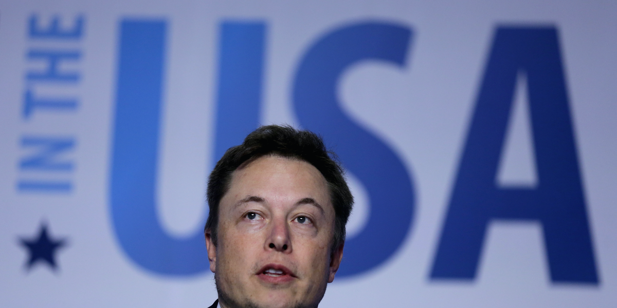 Elon Musk Says No, SpaceX Did Not Donate to Trump