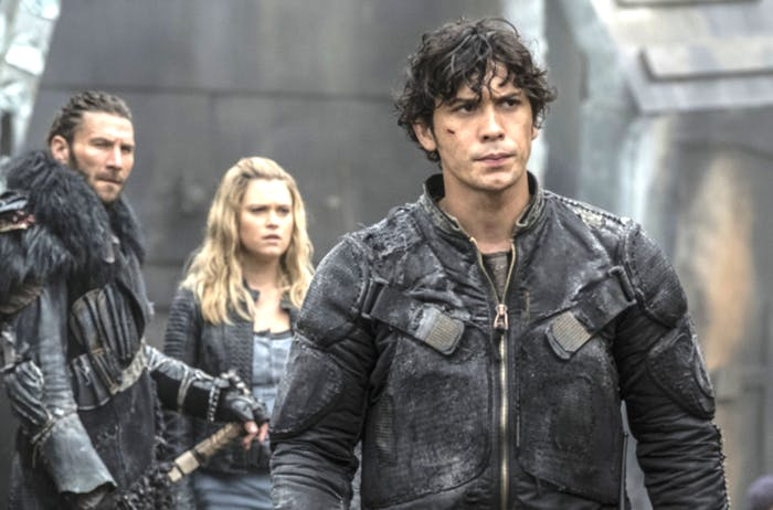 "Roan, Clarke, and Bellamy in 'The 100' Season 4 ""We Will Rise"""