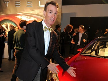 Bill Nye Suggests Self-Driving Cars Will Change the Economy