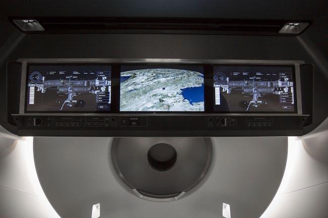 spacex crew dragon interior