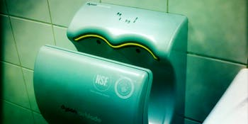 Dyson Airblade 2
