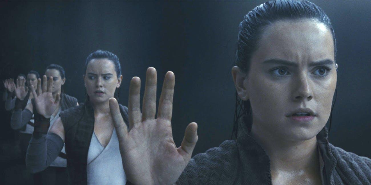 'The Last Jedi' Rey Mirror Scene