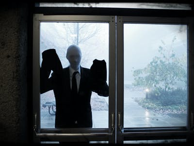 "Mr. CreepyPasta Explains the Problem with ""Slenderman"""