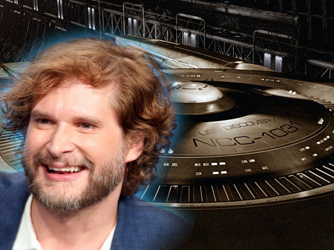 Bryan Fuller Will No Longer Be 'Star Trek: Discovery' Showrunner
