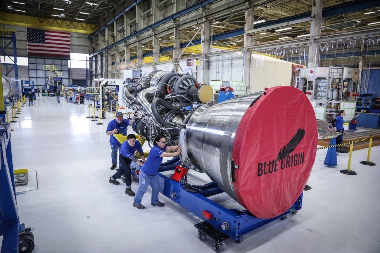 BE-4 rocket engine transport cradle