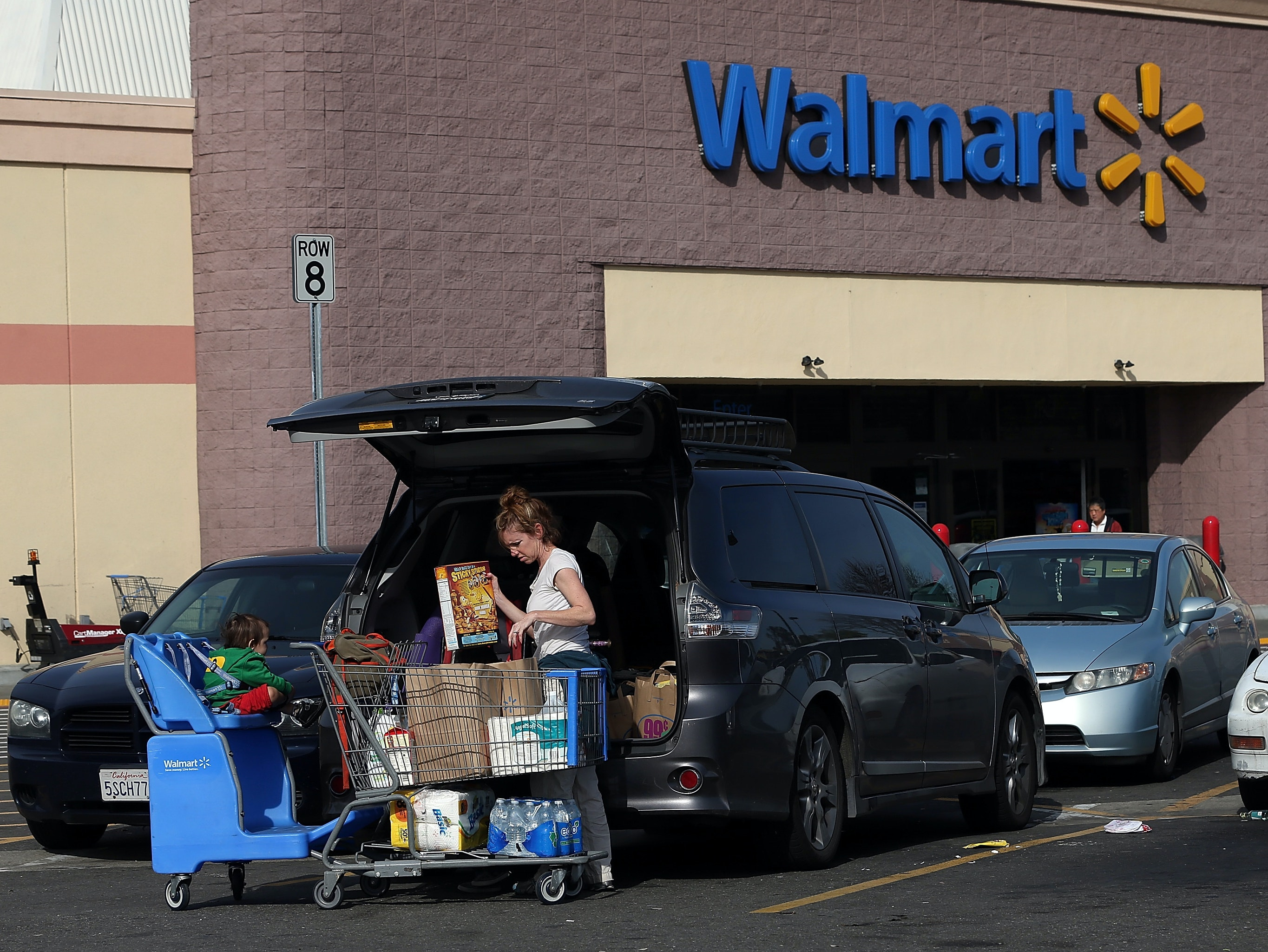 You'll Soon Be Able to Buy Cars at Walmart