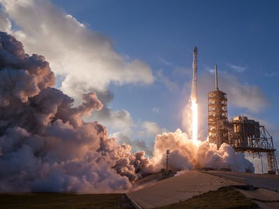 SpaceX's New Mini-Falcon 9, the Block 5, Will Re-Fly in a Day
