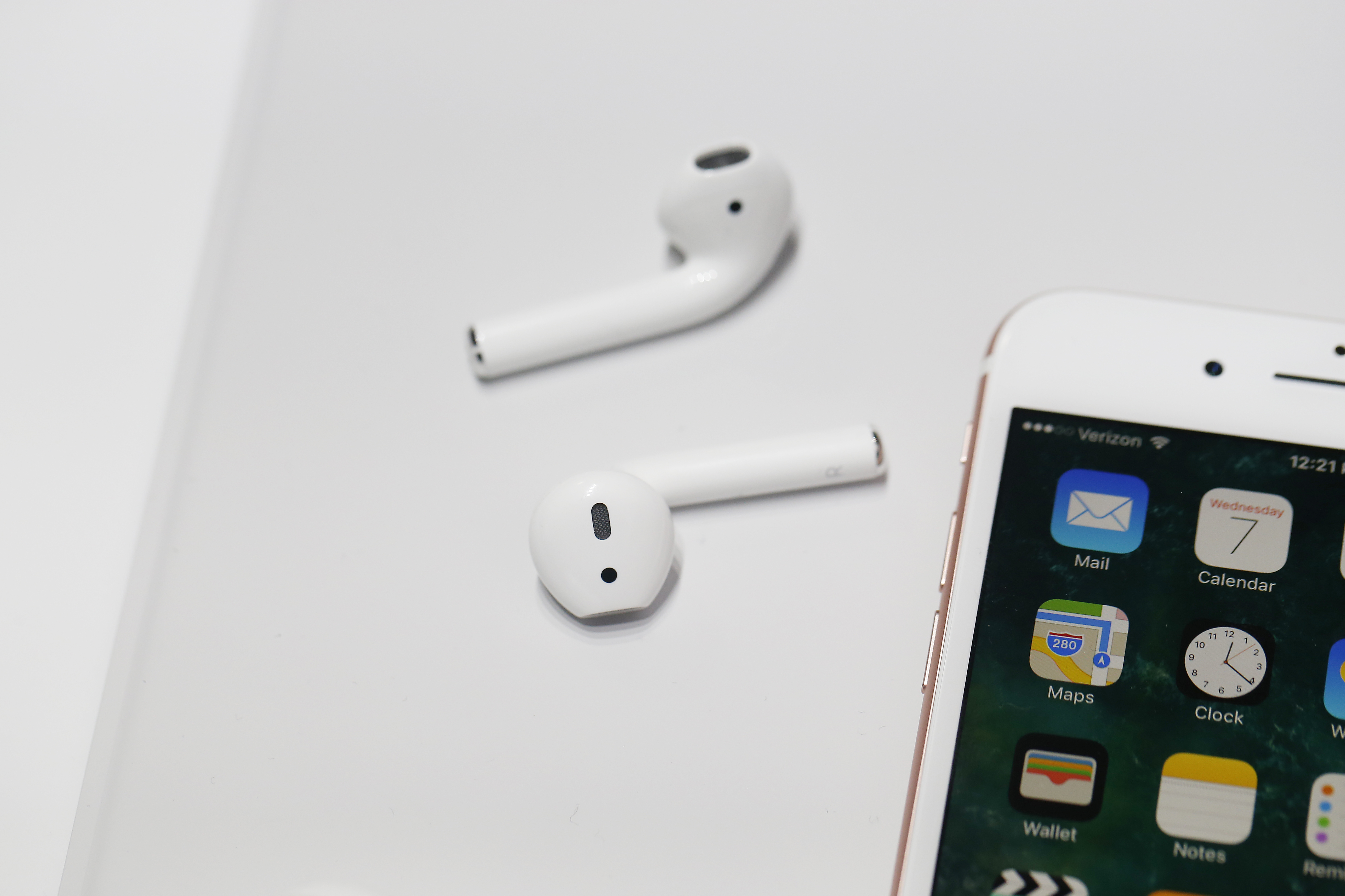 Here's what the headphone jack died for, but there were other benefits.