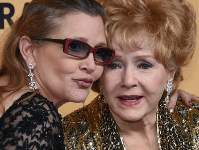Debbie Reynolds Dies at 84, Hours After Carrie Fisher