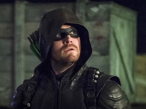Crazy Fan Hoping To Fight Green Arrow Headbutts Stephen Amell