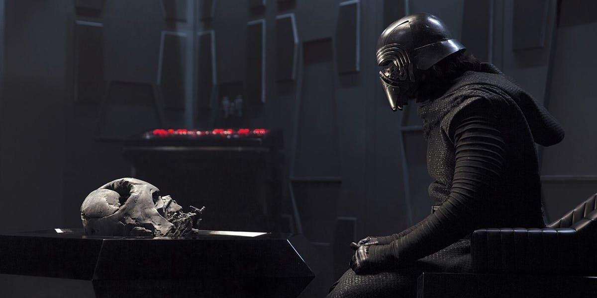 'Star Wars Episode 9' Spoilers: An Original Sith Evil May Return to Lead