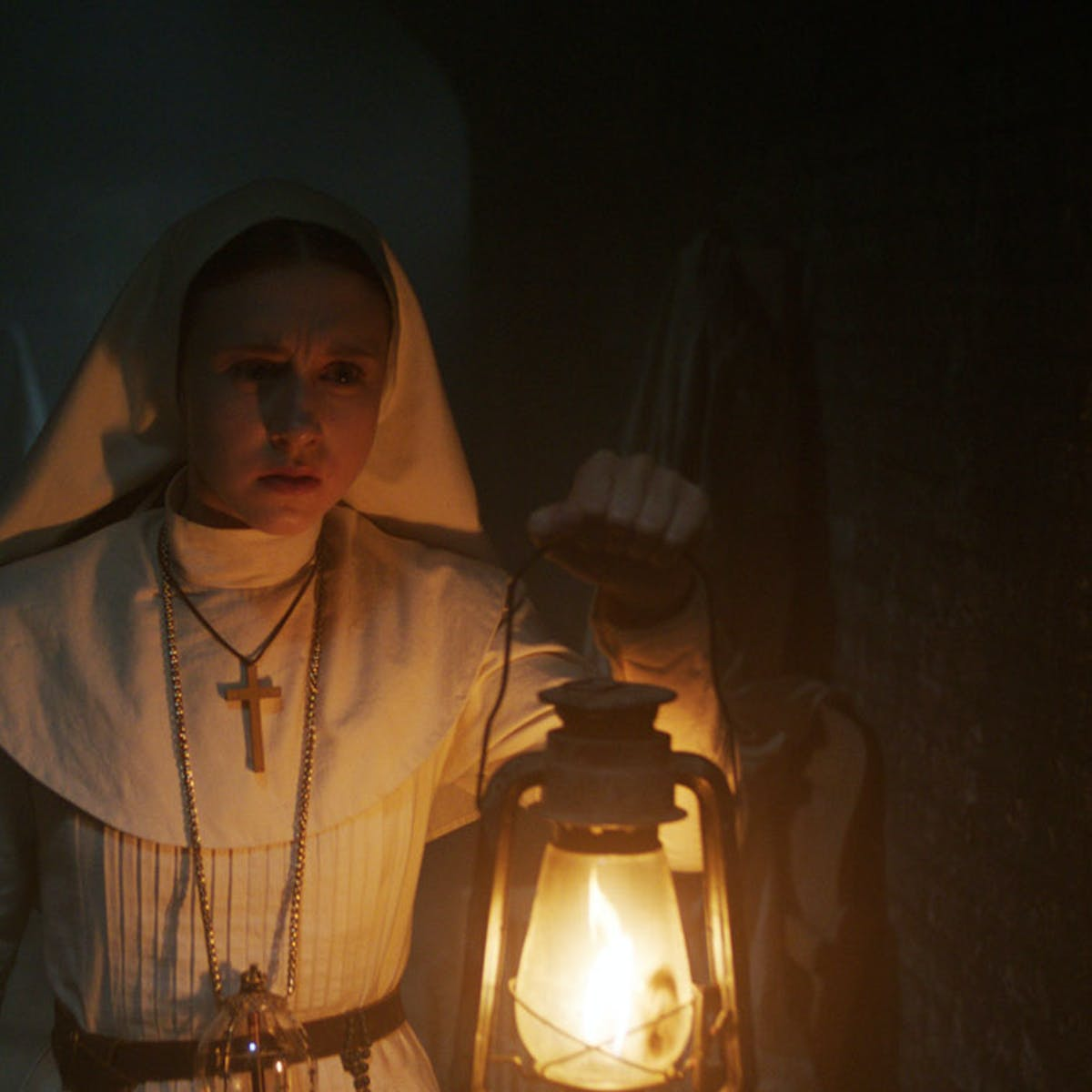 The Nun Trailer Is The Origin To That Scary Af Nun From Conjuring