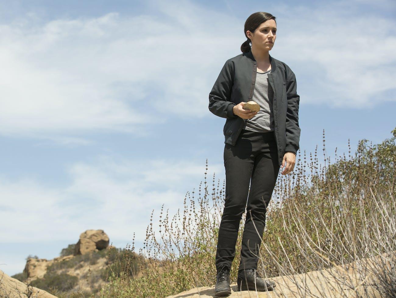 Shannon Woodward as Elsie Hughes on 'Westworld'