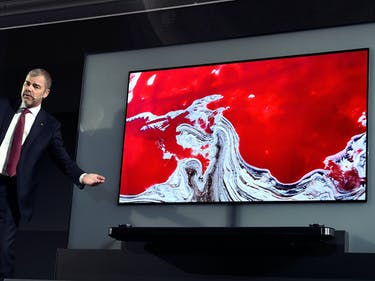 OLED: The Technology Behind LG's Insanely Thin TV is All-Natural
