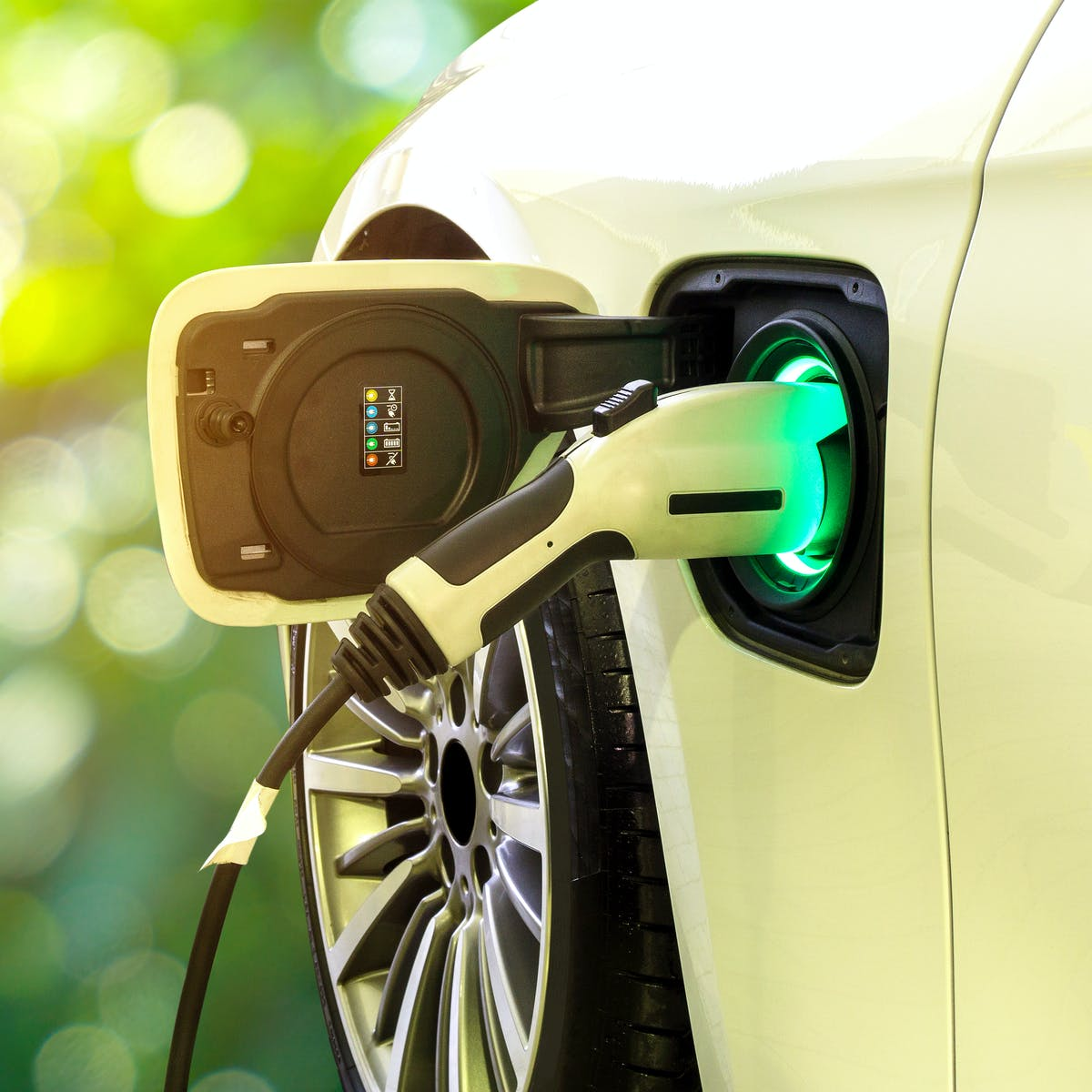 Electric cars could pose a major environmental challenge if firms don't act