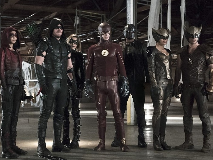The 'The Flash', 'Arrow' Crossover 'Legends of Today' Looks Hype