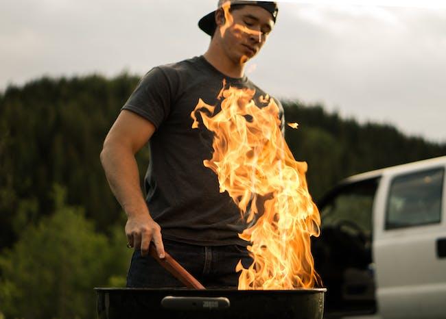 grilling steak