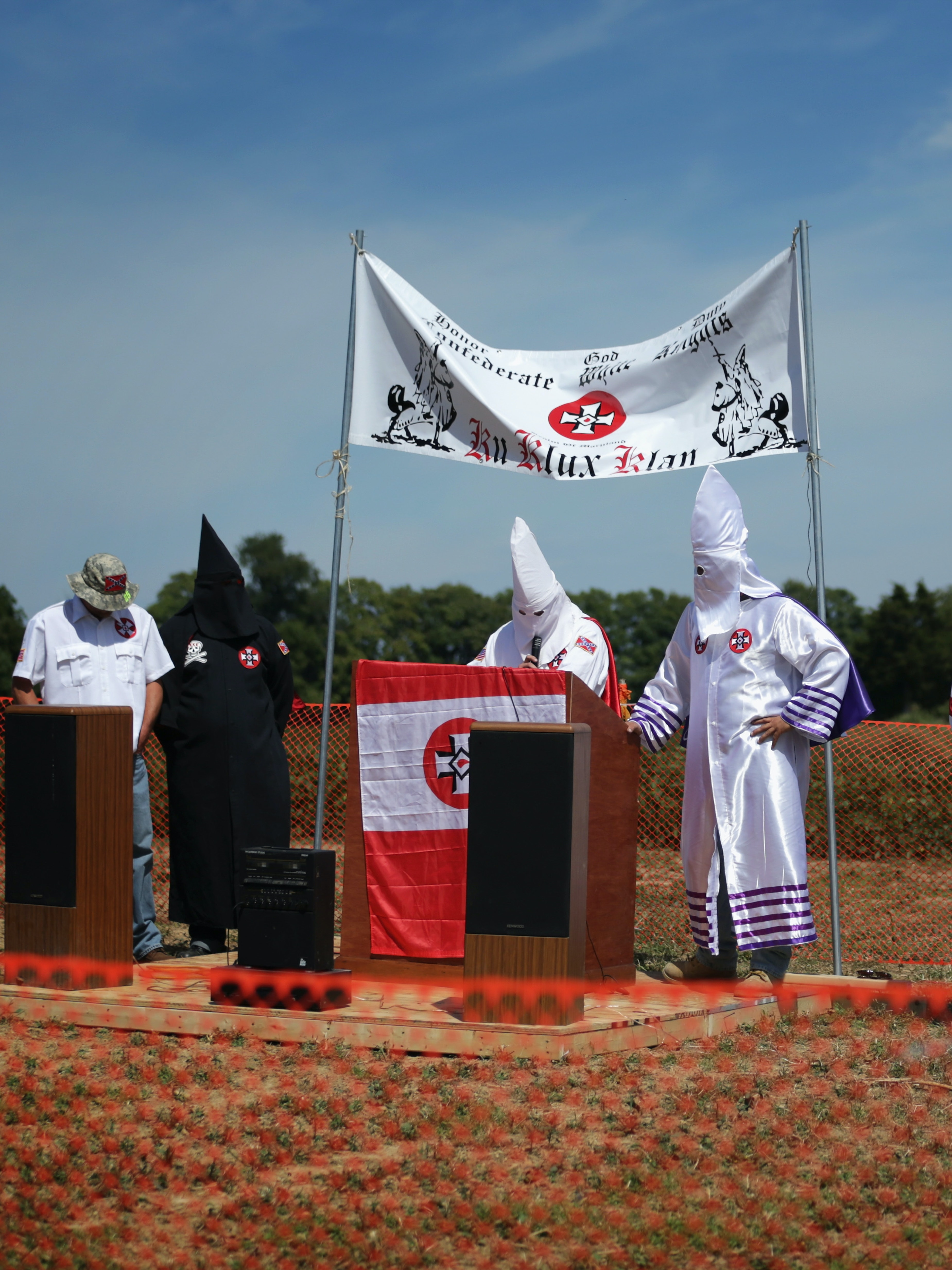 """Anonymous's """"Ghost Squad"""" Shuts Down a KKK Website With DDoS Attack"""