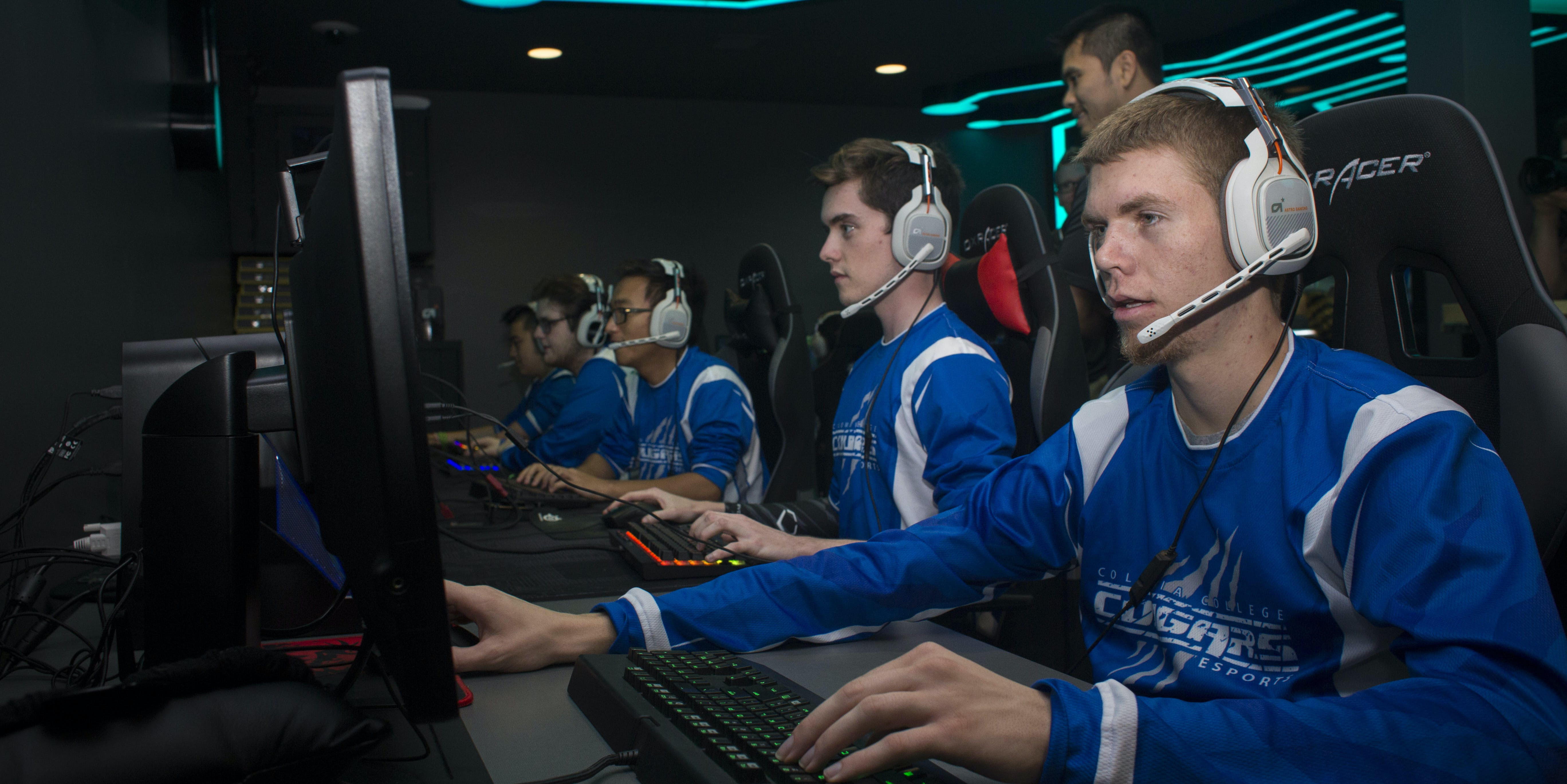 This is an example of a college sports team. An esports team, if you will.