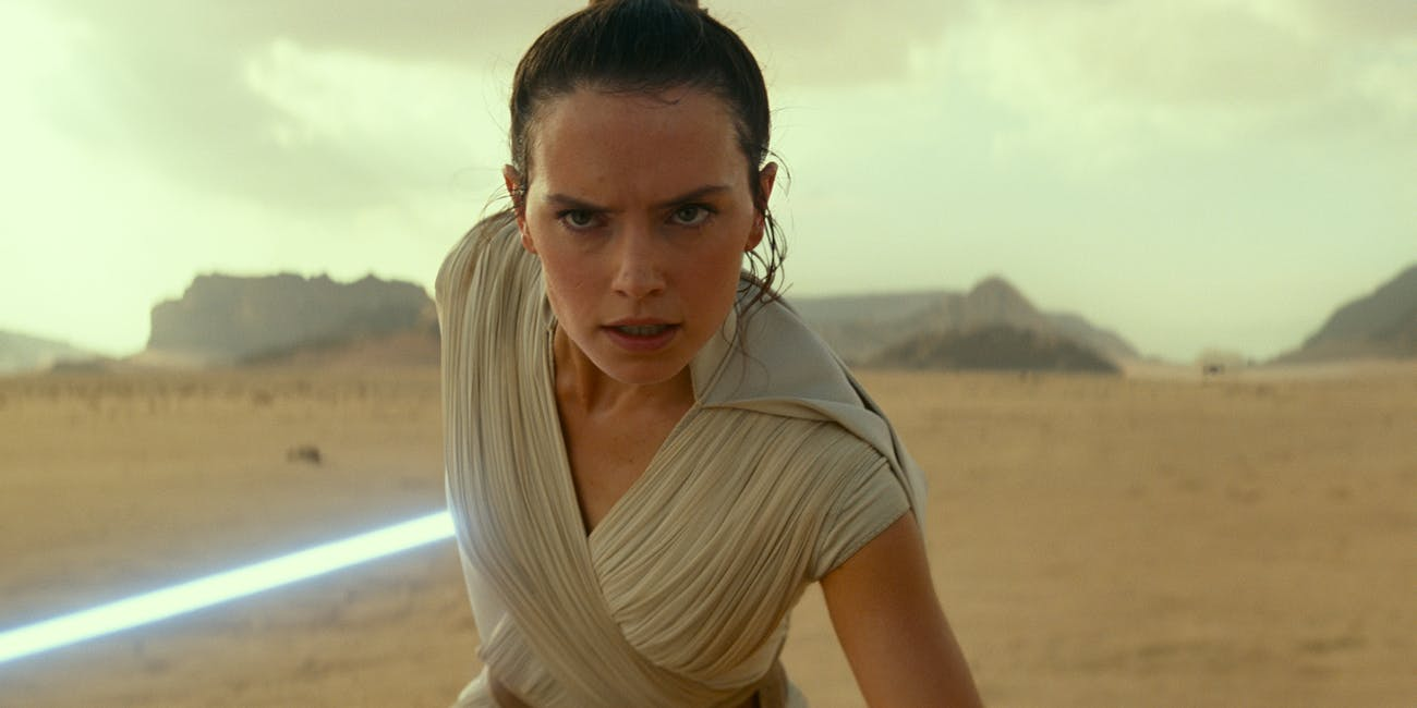 'Star Wars 9' Trailer Easter Egg May Reveal Rey's Role in the Movie