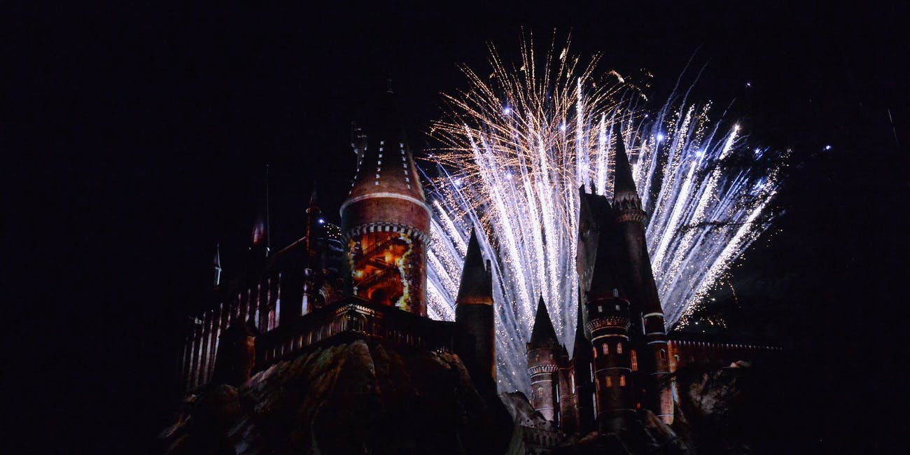Differences Between The Wizarding World of Harry Potter in Hollywood