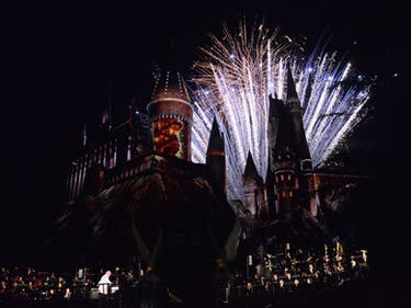 Differences Between The Wizarding World of Harry Potter in Hollywood and Orlando