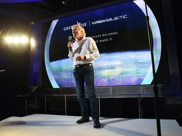 Richard Branson Targets 2018 for Crewed Virgin Galactic Spaceflight