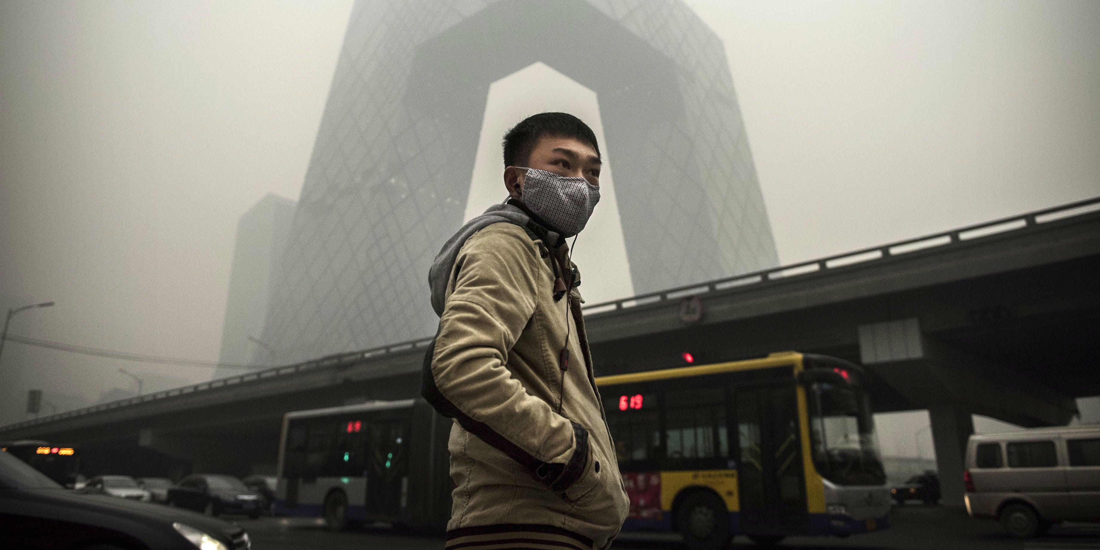 A panel at the International Conferences on Climate Change claims shifting away from fossil fuels will cause a health crisis.