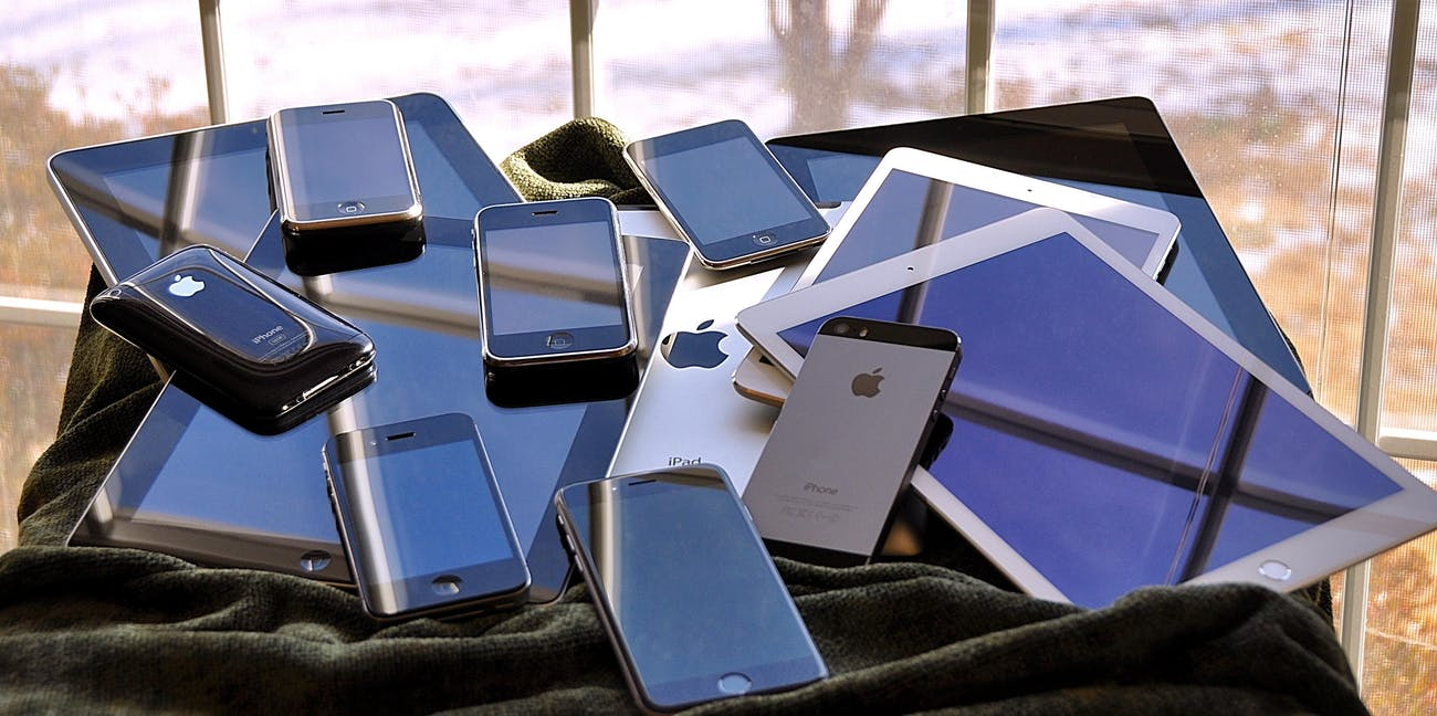the iOS family pile (2015)