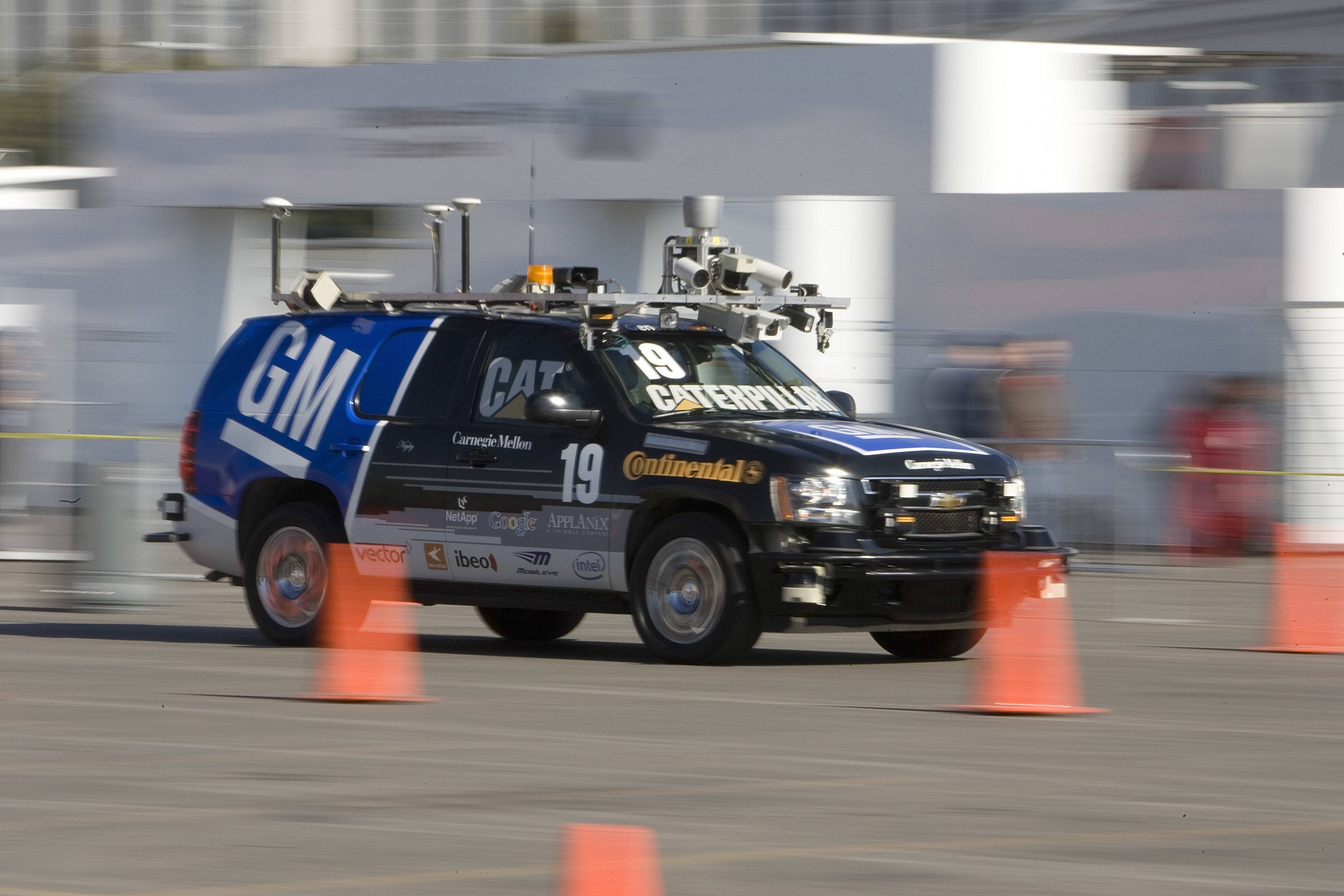 An early self-driving car from 2008, driving around a test facility not too dissimilar to the one in Detroit.