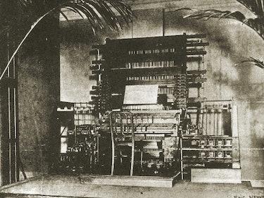 Thaddeus Cahill's Telharmonium: The World's First Electronic Synthsizer