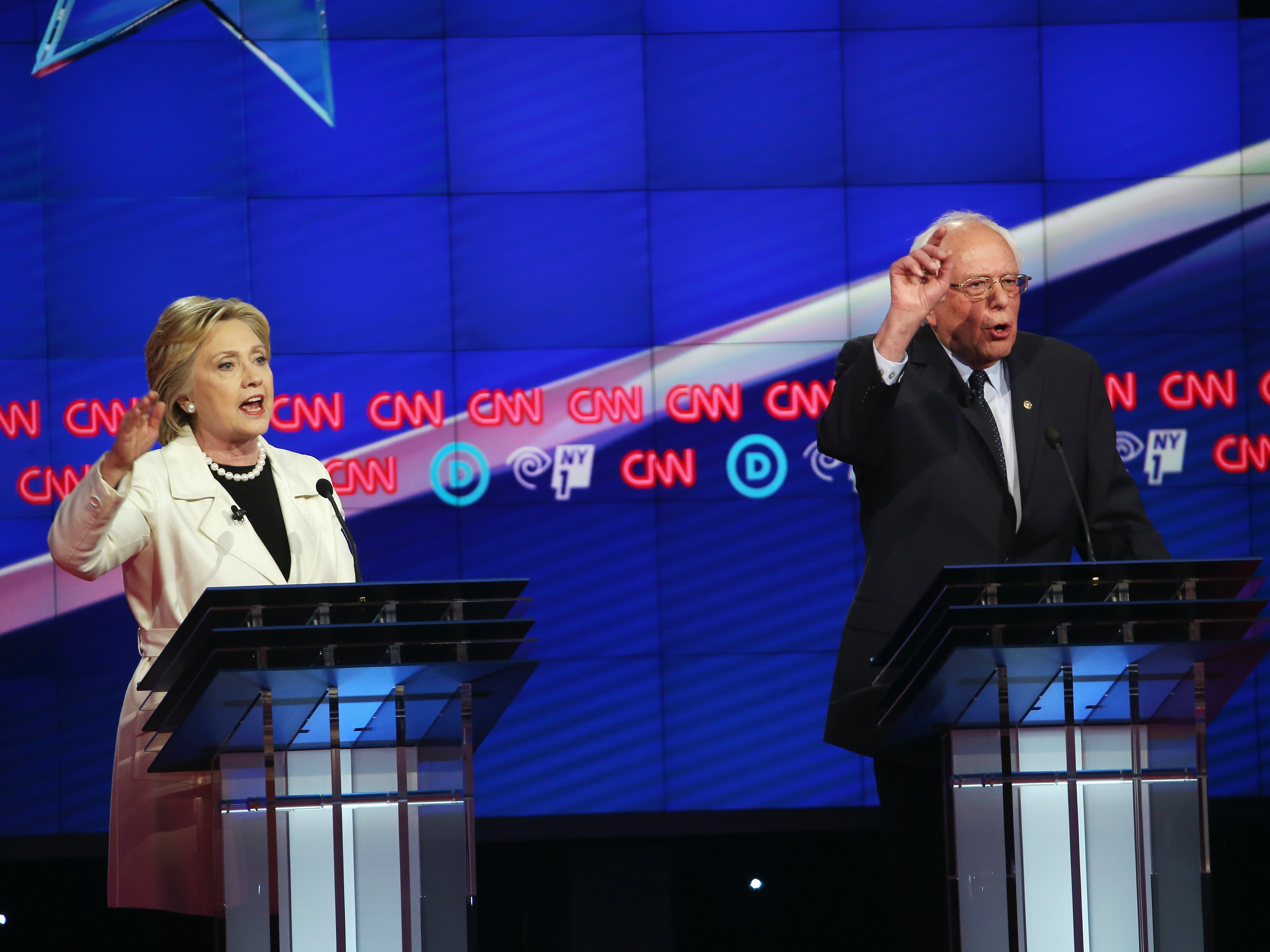Three Science and Tech Issues Bernie Sanders and Hillary Clinton Missed in the Democratic Debate