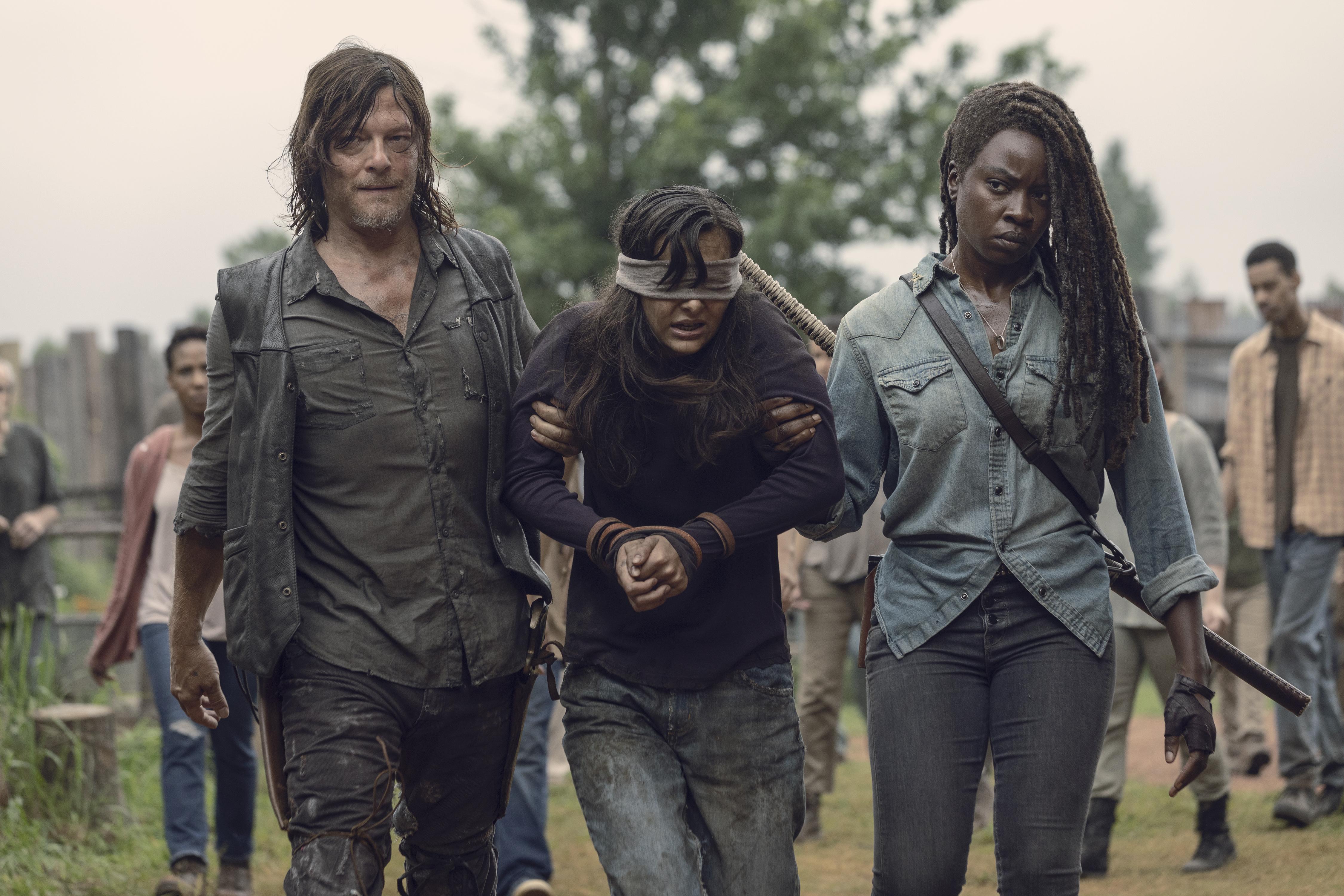 The Walking Dead Season 9 Spoilers Star Teases Horrific