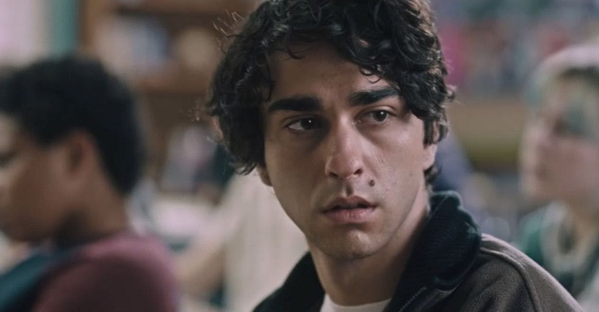 Hereditary Spoilers Alex Wolff Talks That Terrifying Desk Scene