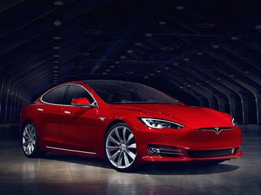 How Tesla Tries to Nudge Model S Sales from a Conference Call