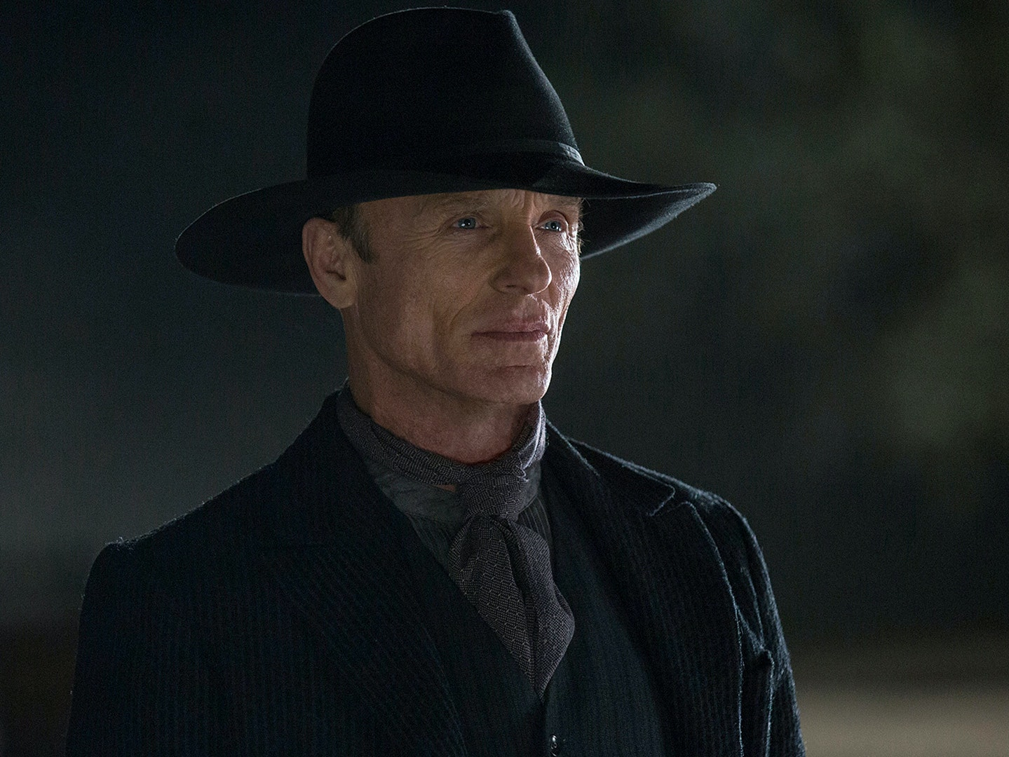 4 Theories About What the 'Westworld' Man in Black Really Wants