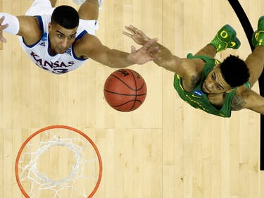 "NCAA Stars Really Can Have a ""Shooting Streak"", Mathematicians Argue"