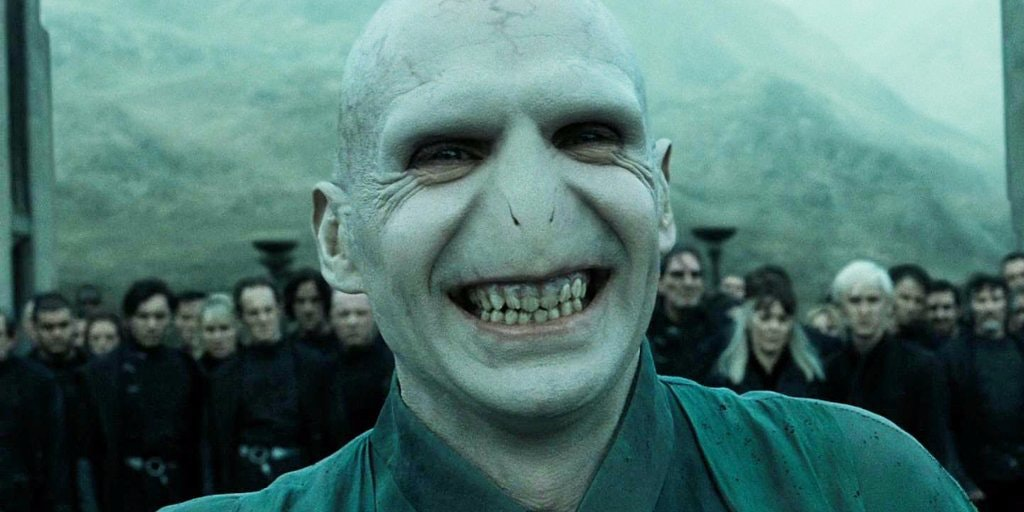 https://fsmedia.imgix.net/cb/21/dd/66/f3b2/4dbb/acea/ce55f9a16749/trump-and-voldemort-would-get-along-famously.jpeg?rect=0%2C0%2C1024%2C512&fm=jpg&w=1200