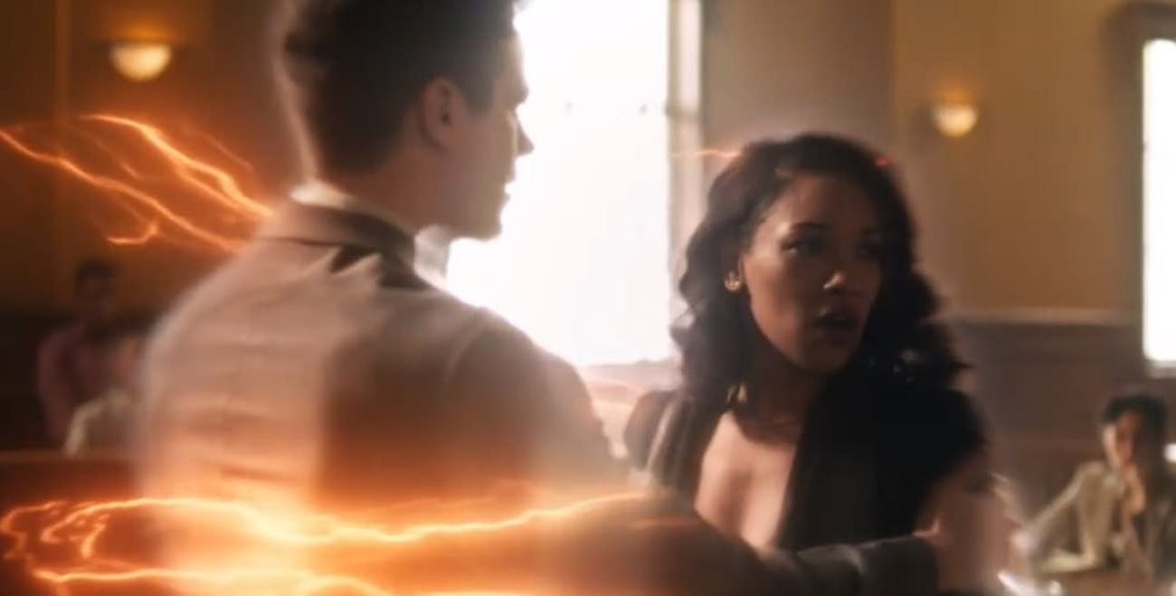 "Barry and Iris talk while in ""Flashtime."""
